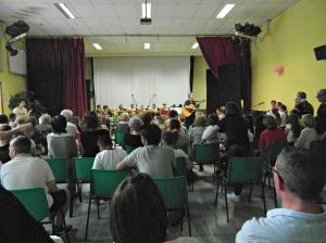 Pubblico e concertisti in sala